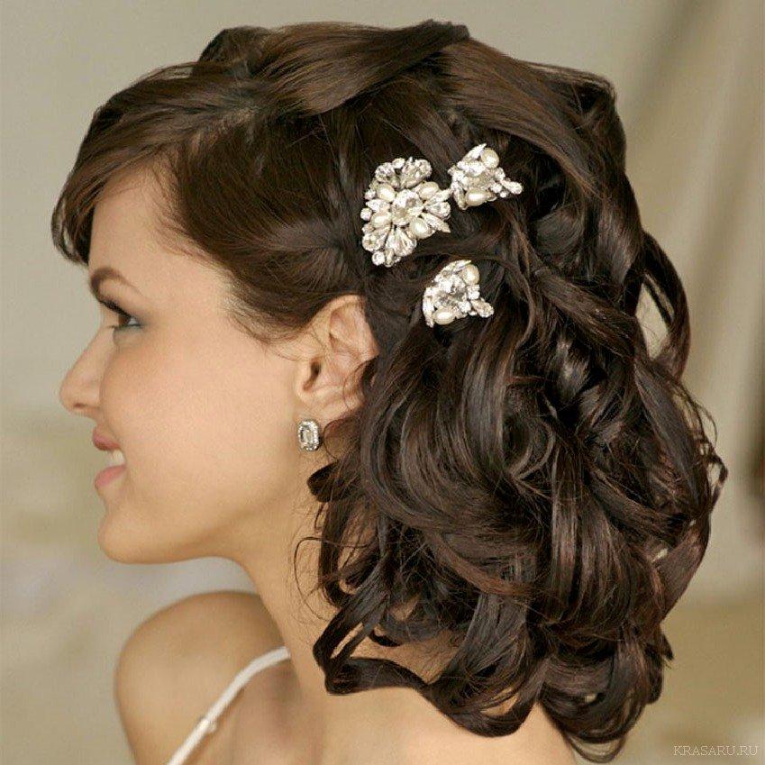 Фото свадебных причесок на волосы средней длины